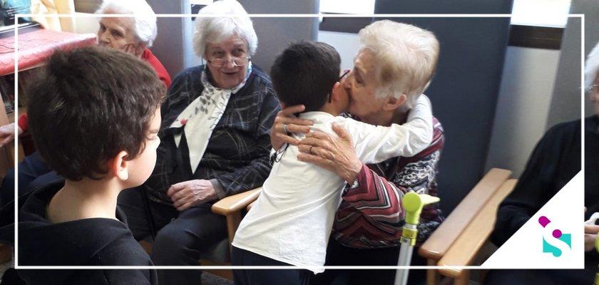 Activitats intergeneracionals a centres per a la gent gran