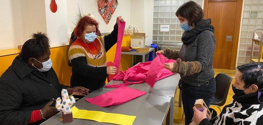 Equipament Integral Meridiana grup de participació de dones