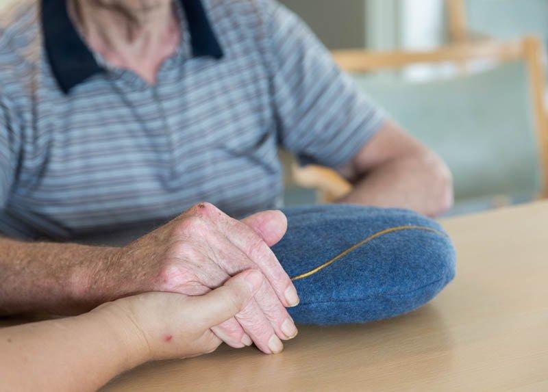 Estimulació multisensorial per a la gent gran amb coixí Inmurelax