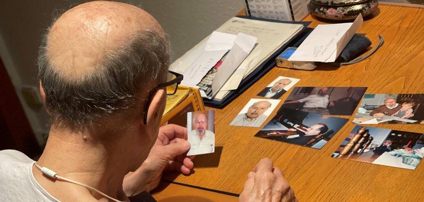 Dia fotografia teràpia de reminiscència i records a persones grans